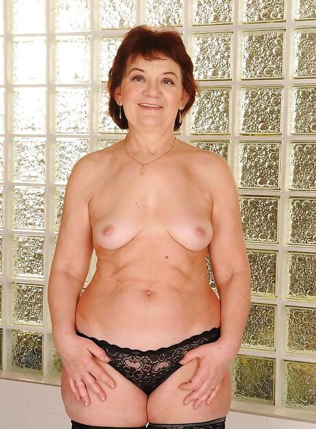 Granny Butts Porn