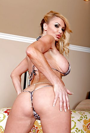 Bikini Butt Porn