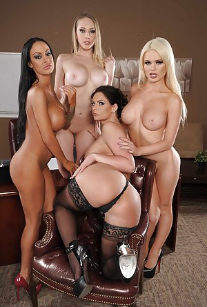 Lesbian Butts Porn
