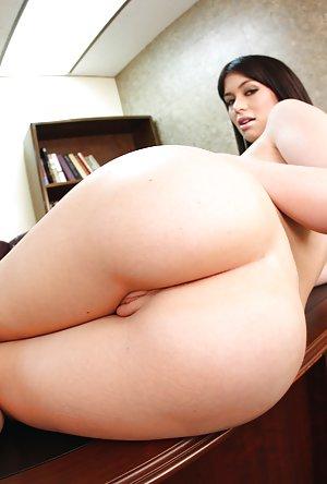 Big Butt Babes Porn